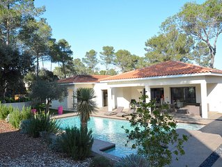 BEAUTIFUL CONTEMPORARY VILLA WITH POOL IN MONTPELLIER