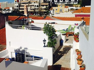 Romantic Studio in the middle of  Ferragudo with 4 unique terraces and garden