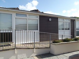 Recently renovated spacious chalet 100 yards from the sea ideal for families.
