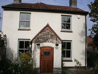 Idyllically quiet rural country cottage with walks right on the doorstep.