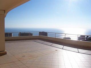 Bellisimo scene welcoming home prestigious location near the sea