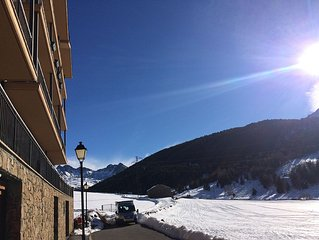 3 pieces 70 M2 standing, calme, en montagne, parking, ski au pied