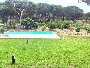 NEW! Deluxe Studio Villa in Sesimbra, Meco - Wi-Fi, Pool, Countryside & Beach