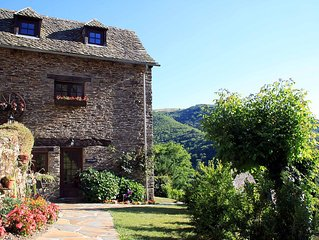 Charming French country cottage in the southern Auvergne, 2 bedrooms (sleeps 3)