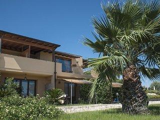 Appartamento in villa con piscina vista mare- TURCHESE