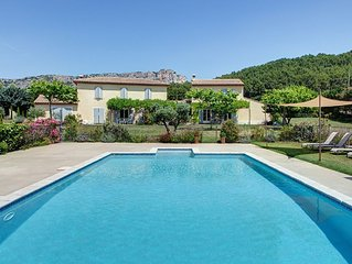 Villa with pool and private Jacuzzi in the heart of Luberon - Vaucluse Provence