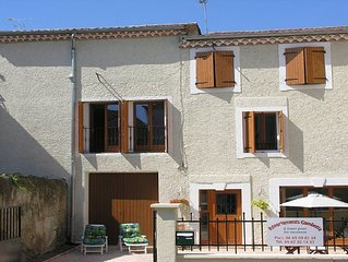 Large Studio in the centre of Villeneuve les Beziers close to the beach