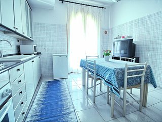 Cherry House, in the heart of Eastern Sicily between Etna green and blue of the