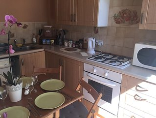 City centre and family friendly holiday apartment in Edinburgh