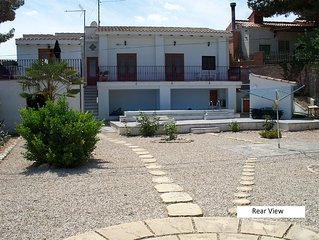 Monovar Country House with Private Pool & WiFi.