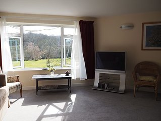 Enjoy peace & quiet in beautiful Idless Valley 1 mile town Truro & 9 miles beach