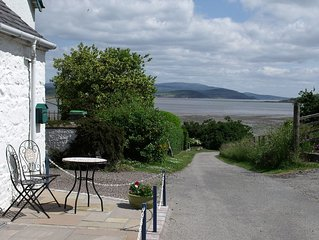 Cosy cottage in spectacular location overlooking Balcary Bay