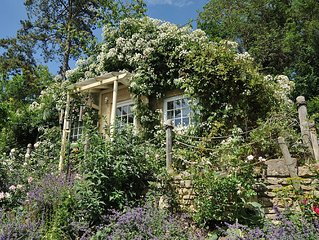 Tucking Mill View - 4 Star Gold Luxury Cottage Near Bath