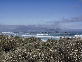 Big Bay Beach House With Views Of Table Mountain