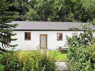2 Bedroom cottage adjacent to The Exmoor Forest Inn in central Exmoor