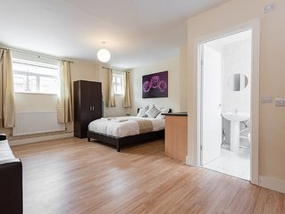 Studio Apartment, South (Greater) London, 20 minu