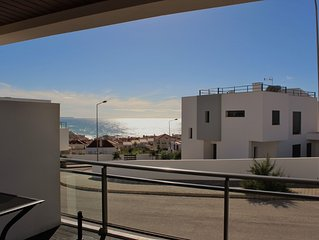 1051682 - Luxury apartment,with Sea Views, Near Top Surfing Beach, Sleeps 6 - Ar