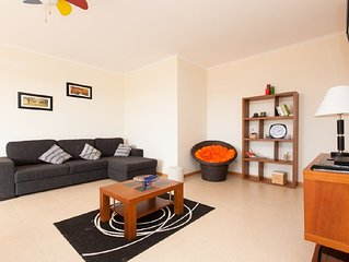 446682 - Modern spacious apartment with Pool - Sleeps 6 - Sao Martinho do Porto