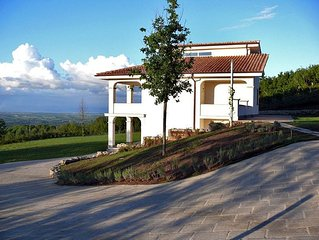Holiday Villa Panorama, pool, 530 m2, 10 guests, nearby Rome, lake, sea, golf