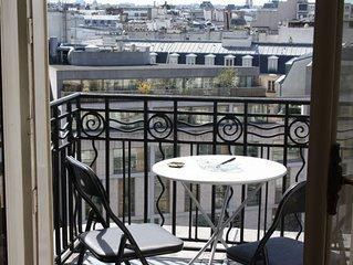 Affascinante Studio con balcone nel cuore di Parigi.