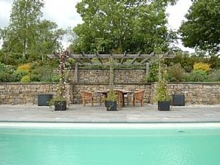 Luxury Peak District Cottage With Private Pool, 2 miles from Ashbourne