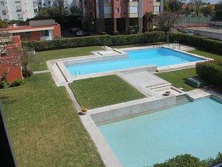 Radiante casa com Piscina e perto da Praia - Estoril/Cascais