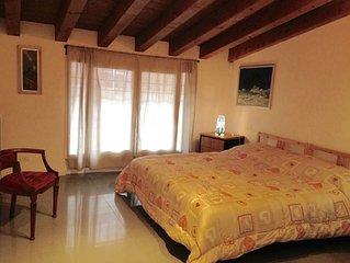 trilocale sul Naviglio  ( 2 bedrooms)