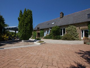 La Peignardiere 4+2  a Family friendly cottage close to the forest