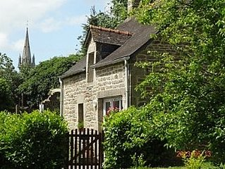 Detached renovated rural 1 bed cottage. 20% off Brittany Ferries. Book online