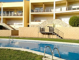 Duplex Apartment With Communal Pool And Great Views Over The Bay Of Roses