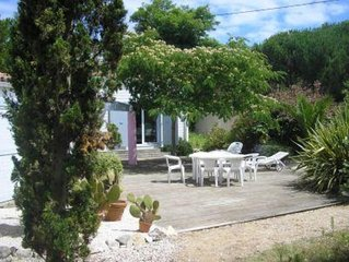 Villa avec grand jardin proximité forêt et plage