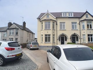 ELM BANK - 5-STAR LUXURY HOUSE RIGHT IN THE HEART