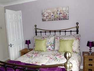 Pretty Village Location close to the beaches of Torbay
