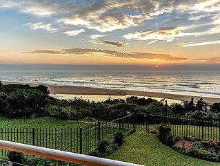 33 la Mer - Sea-facing, luxury apartment on the beach.
