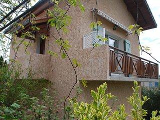 Maisonnette de 50m2 independante avec vue sur Ceuze et le pic de charance