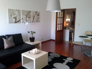 Cozy apartment 5min walk from the best surfing beach on the Cascais Coast