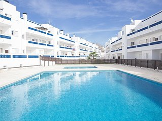 Modern apartment (T2) with 2 pools in very quiet area close to the beach