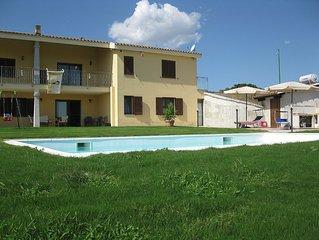Appartamento in villa in campagna con Piscina e Giardino