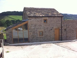 Stunning 2 bedroom barn conversion on Kinder Scout in the Peak District