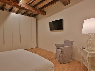 Design Apartment  in the heart of Modena