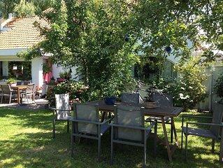 prachtige romantische studio in stijlvolle belle epoque villa , vlak aan zee,Bre