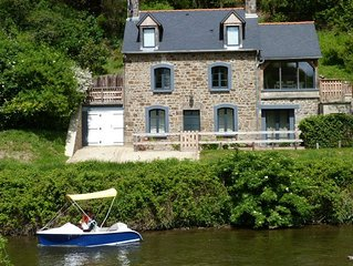 Character riverside cottage with stunning river views