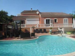 Villa à 5 minutes de la mer,40 minutes de porto vecchio,parking piscine,wifi