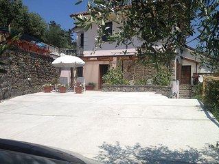 La Spezia: 'Casa Paoli' a …due passi e mezzo… dal mare