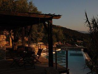 Melolia A2 casa vacanza con piscina e vista favolosa