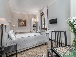 ROME APARTMENT IN TRASTEVERE DOWNTOWN , BEAUTIFUL BRAND NEW