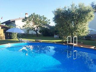 Casa vacanze con  PISCINA  vicino a Lucca, Pisa e Firenze - WI FI FREE