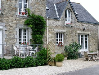 Holiday Gite Sleeps 4.  20 mins from Vannes, the heart of the Golfe du Morbihan