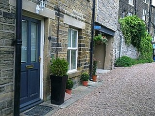 Centrally located 1 Bedroom Cottage in Holmfirth
