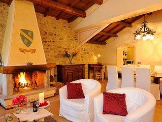 Elegante appartamento-suite storico'Casa de Franculini' in una cornice da favola